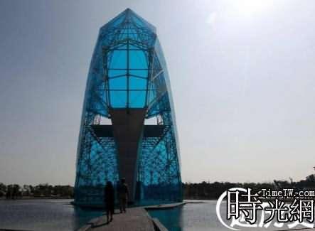 水晶玻璃高跟鞋教堂