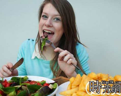 女子15年只吃薯條