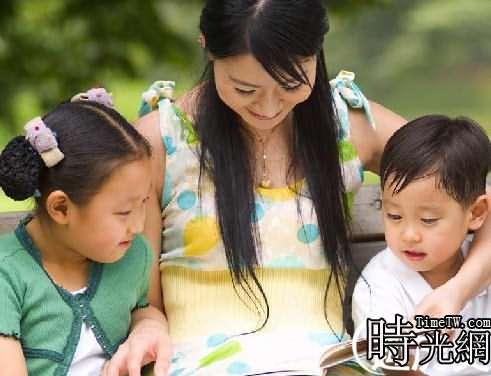 女教師扎堆生猴寶